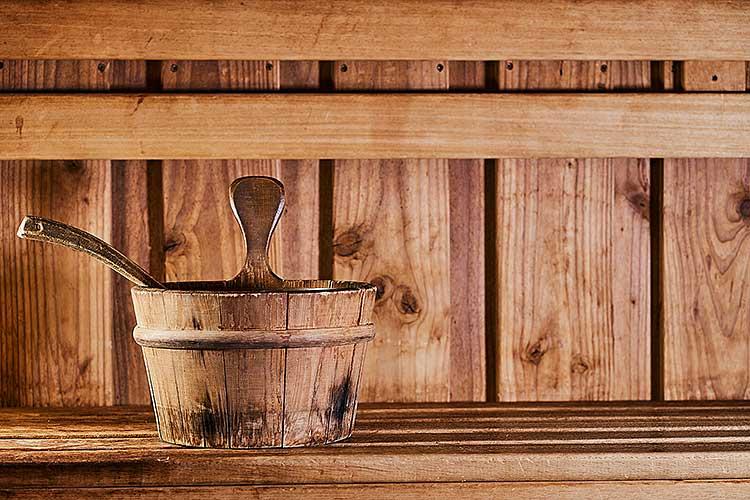Großzügiger Saunabereich unseres 4 Sterne Wellnesshotel in Bayern
